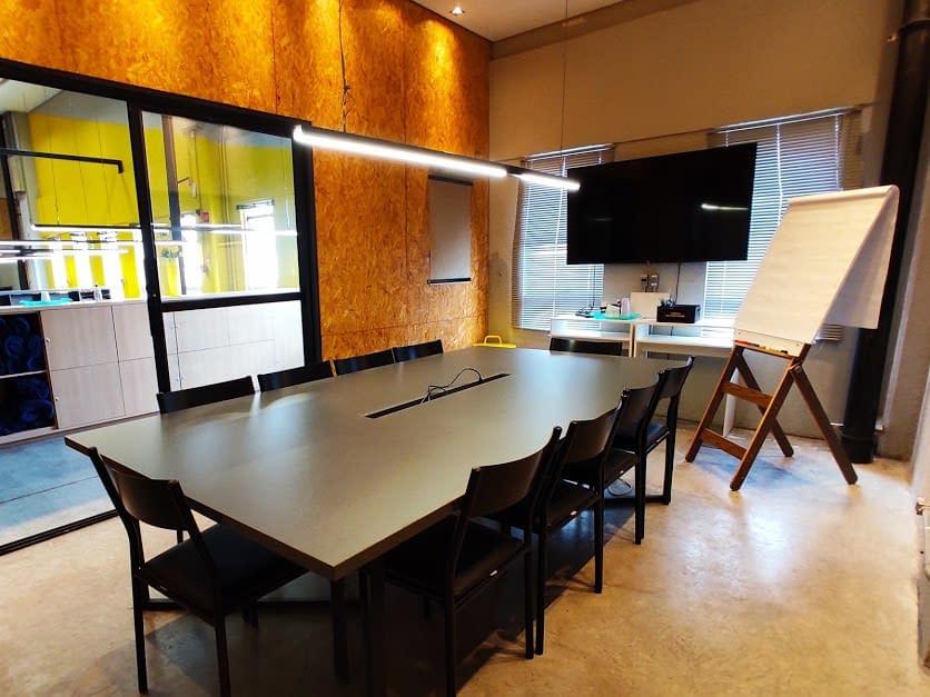 sala de reunião aldeia coworking