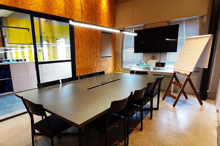 coworking sala de reunião aldeia estação